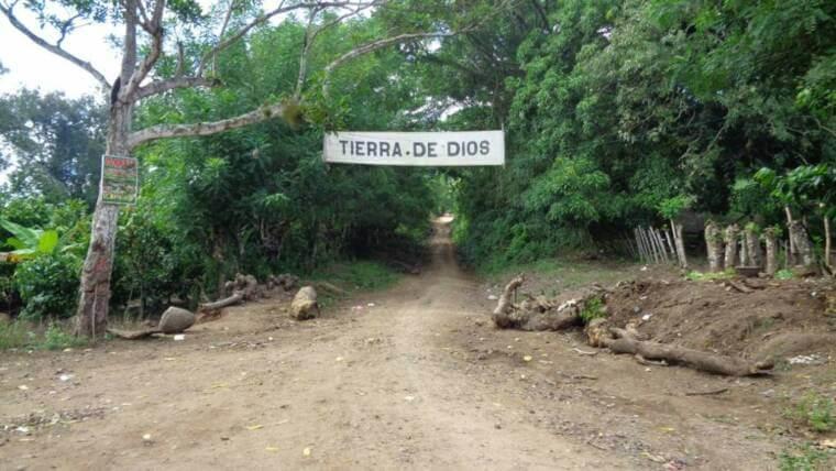 ¡Un grito campesino se oyó, desde allá, en El Seybo!