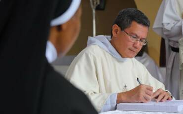 La Maestro de la Orden erige un nuevo monasterio de la Orden en Nigeria