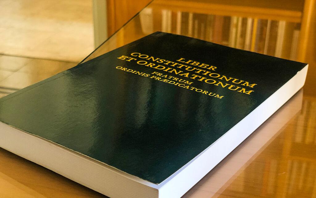 Publication de l'édition 2021 des Constitutions